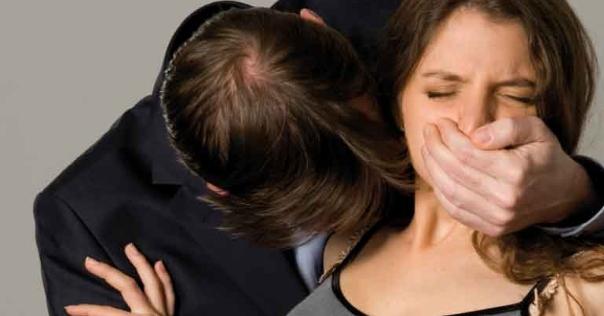 Agression sexuelle à huis clos par un PDG sur une assistance : 18 mois d'emprisonnement avec sursis